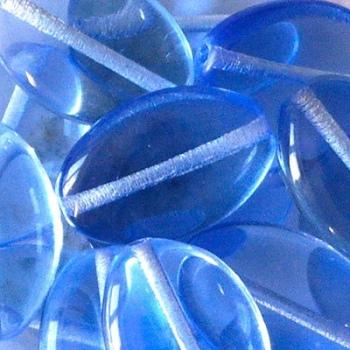 Vetro Ovale con Foro Passante Light Sapphire 16mm