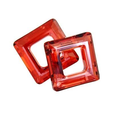Square Ring (4439) Swarovski Crystal Red Magama14mm