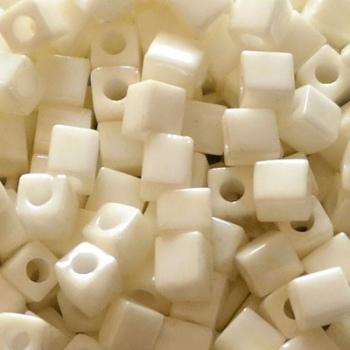 Perline Cubi Miyuki 4mm Square Metallic Cream